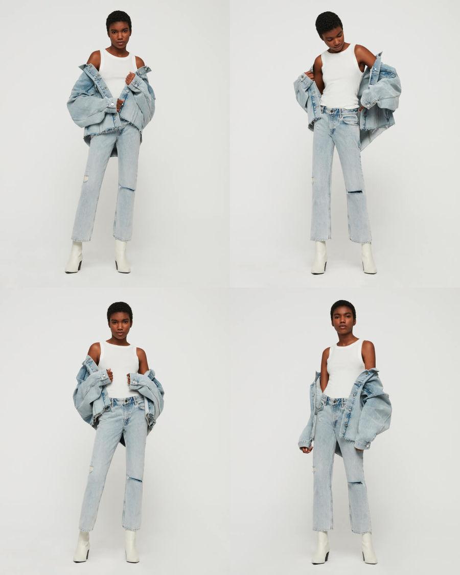 Cuatro imágenes pequeñas de una mujer parada frente a una pared blanca vistiendo jeans de cintura alta en tono claro, una playera de tirantes blanca y una chamarra de mezclilla en tono claro.