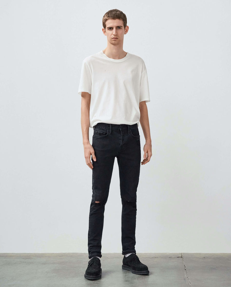 Discover our skinny Cigarette jeans.