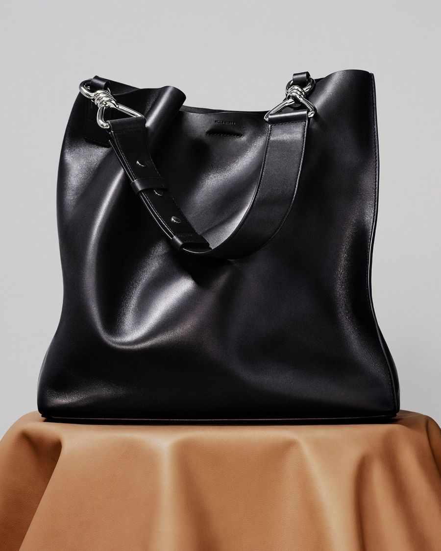 Image of our black leather Captain tote bag.