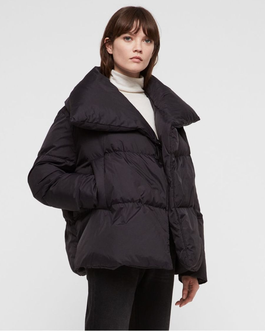 Product shot of the Vrai Avia Puffer Coat.